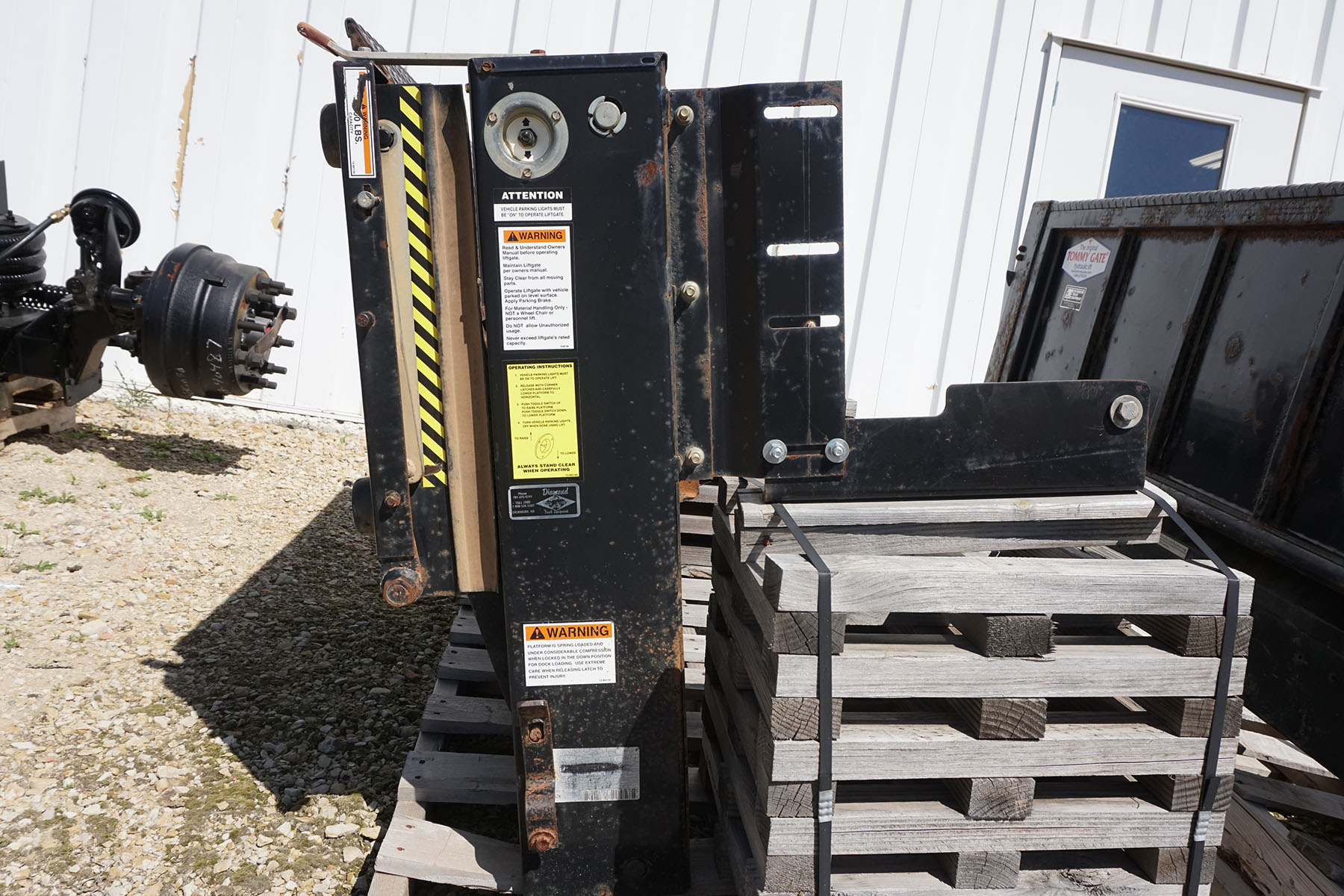 Used Eagle Lift Gate Dickinson Truck Equipment